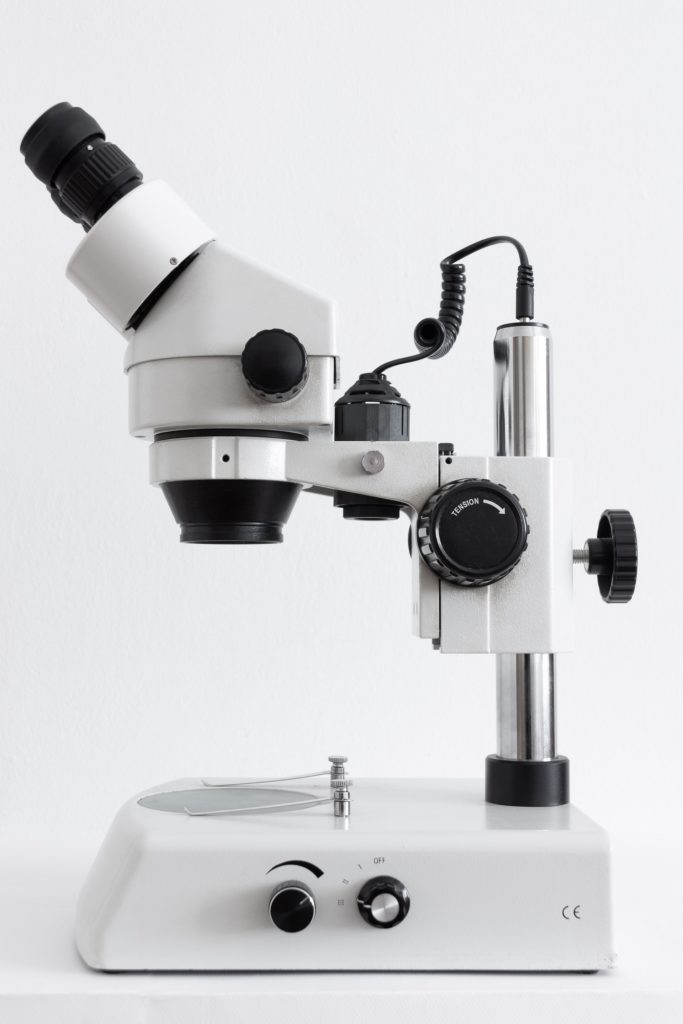 A microscope that could be used to study psilocybin mushroom spores